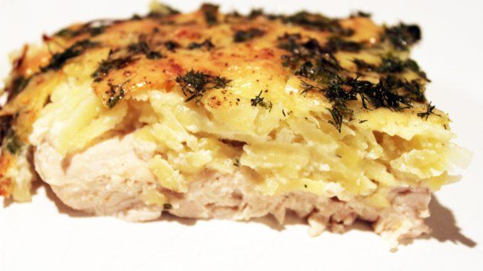 Куриное филе в духовке с картошкой