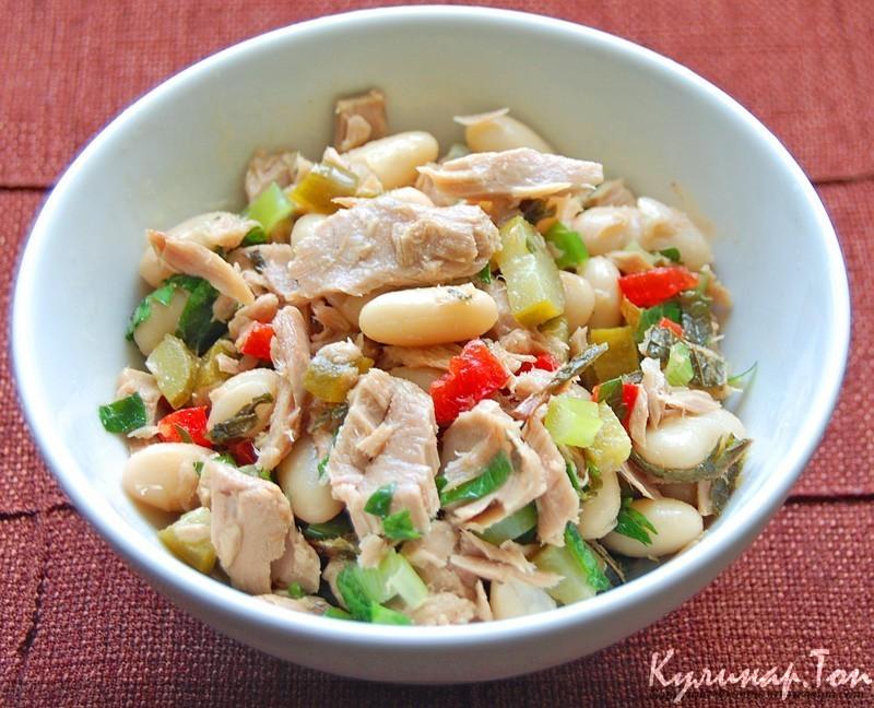 Салат с тунцом консервированным и фасолью рецепт очень вкусный
