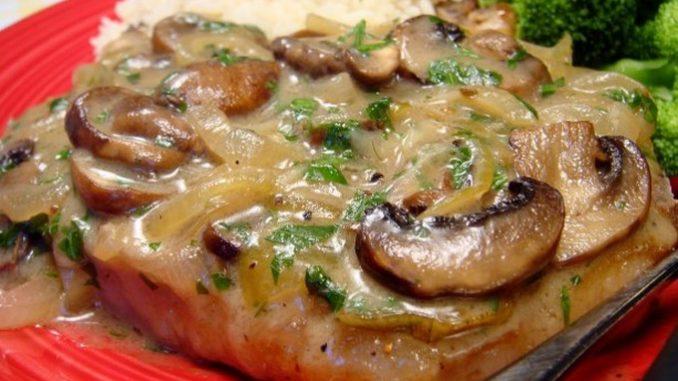 Вкусные отбивные из свинины с грибами рецепт